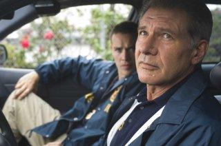 Jamison Haase e Harrison Ford in una scena del film Crossing Over