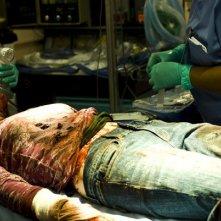 Un'irriconoscibile Scout Taylor-Compton dopo uno scontro col feroce Michael Myers di H2