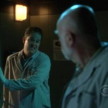 David Berman e Robert David Hall nell'episodio 'Kill me if you can' della serie tv CSI - Las Vegas