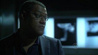 Laurence Fishburne nell'episodio 'Kill me if you can' della serie televisiva CSI: Crime Scene Investigation