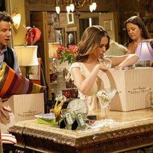 Jennifer Love Hewitt, Camryn Manheim e Jamie Kennedy nell'episodio Ghost Busted della quarta stagione di Ghost Whisperer