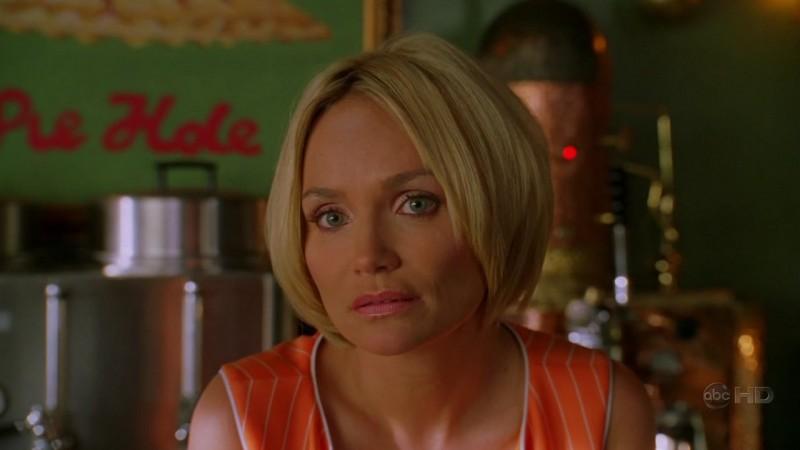 Kristin Chenoweth In Una Scena Dell Episodio Amare Delizie Della Prima Stagione Di Pushing Daisies 107193