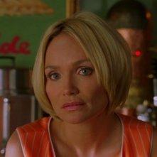 Kristin Chenoweth in una scena dell'episodio 'Amare Delizie' della prima stagione di Pushing Daisies