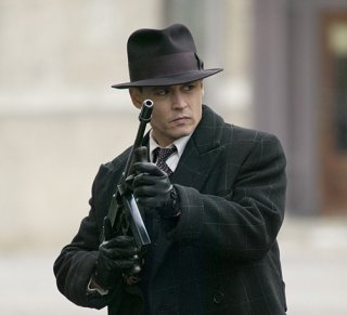 Un feroce Johnny Depp protagonista di Public Enemeies