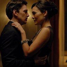 Andrew McCarthy danza con Lindsay Price nell'episodio 'Chapter Six: Take the High Road' della prima stagione di Lipstick Jungle