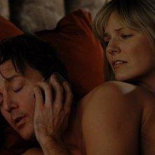 Joe, interpretato da Andrew McCarthy, in una situazione compromettente nell'episodio 'Chapter Seven: Carpe Threesome' della serie tv Lipstick Jungle