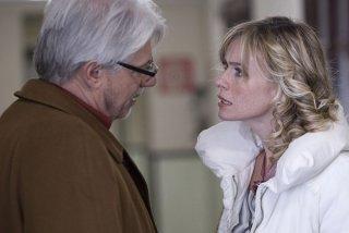 Ricky Tognazzi e Serena Autieri in una scena del film L'ultimo crodino