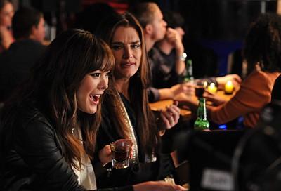 Brooke Shields E Lindsay Price Nell Episodio Chapter Nineteen Lovers Leap Della Serie Lipstick Jungle 107814