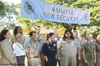 Una scena di gruppo dell'episodio Namaste di Lost