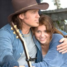 Billy Ray Cyrus e Miley Cyrus in una sequenza del film Hannah Montana: The Movie