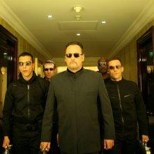Jean Reno in una scena del film Ca$h