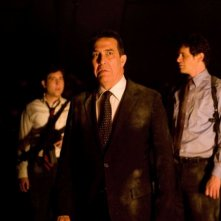 Chris Marquette, Ciaran Hinds e Tom Everett Scott del film Corsa a Witch Mountain