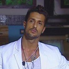 Fabrizio Corona durante la prima puntata de La Fattoria 4