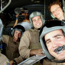 Jake Radermacher e la crew dell'Airforce C130 sul set del documentario Brothers at War