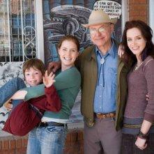 Jason Spevack, Amy Adams, Alan Arkin e Emily Blunt in una foto promozionale del film Sunshine Cleaning