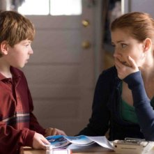 Jason Spevack e Amy Adams in un'immagine del film Sunshine Cleaning