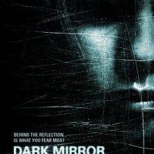 La locandina di Dark Mirror