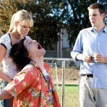 Molly Stanton, Trevor Moore e Zach Cregger in una scena del film Miss March