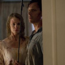 Tony Goldwyn e Monica Potter in una scena del film The Last House on the Left