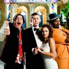 Trevor Moore, Zach Cregger, Raquel Alessi e Craig Robinson in una foto promozionale del film Miss March