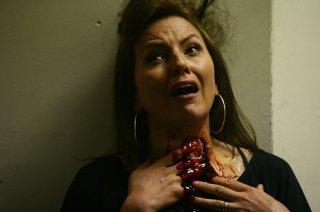 Un'immagine cruenta della serie inglese Dead Set