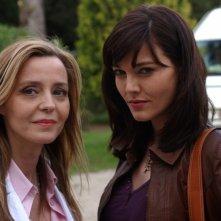 Eliana Miglio e Pilar Abella in una foto di scena di Rex 2