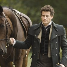 Ioan Gruffudd in una scena del film Moonacre: I segreti dell'ultima luna