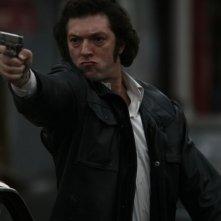 Vincent Cassel interpreta Jacques Mesrine nel film Nemico pubblico n°1 - L'ora della fuga
