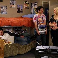 Jason Segel, Josh Radnor e Laura Prepon in una scena dell'episodio Sorry, Bro di How I Met Your Mother