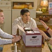 Rick Gonzalez, Bret Harrison e Tyler Labine in una scena dell'episodio A New Hope di Reaper