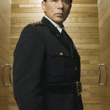 Wes Studi è il generale Linus Abner in una foto promozionale della serie Kings