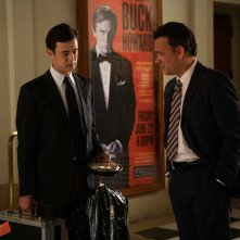 Colin Hanks e Tom Hanks in una scena del film The Great Buck Howard