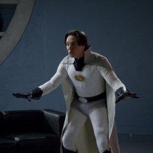 Justin Whalin in una scena del film Super Capers