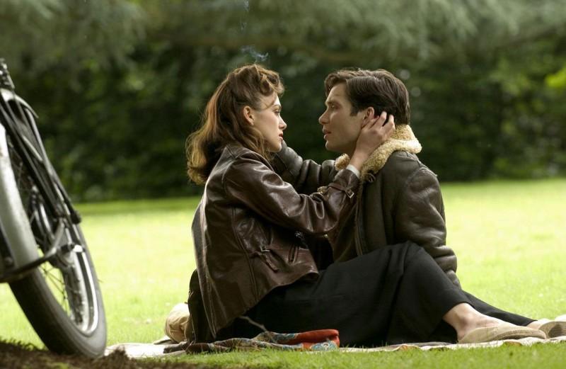 Keira Knightley E Cillian Murphy In Una Scena Del Film The Edge Of Love 109126
