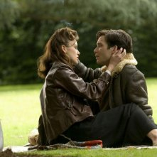 Keira Knightley e Cillian Murphy in una scena del film The Edge of Love