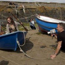 Keira Knightley e il regista John Maybury sul set del film The Edge of Love