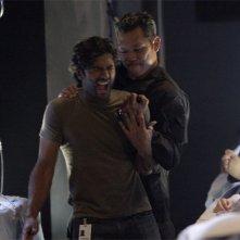 Sendhil Ramamurthy in una scena di Cold Snap dalla terza stagione di Heroes