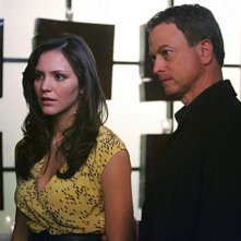 Katharine McPhee insieme a Gary Sinise nell'episodio 'Prey' della serie televisiva CSI - NY
