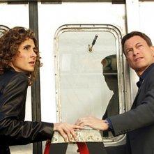 Melina Kanakaredes insieme a Gary Sinise nell'episodio 'Communication Breakdown' della serie tv CSI - New York