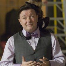 Ricky Gervais in una sequenza di Una notte al museo 2: la fuga