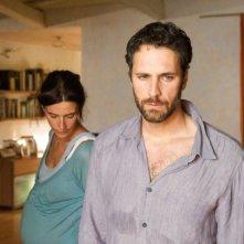 Simonetta Solder e Raoul Bova in un'immagine del film Sbirri