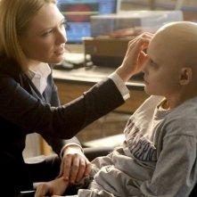 Spencer List ed Anna Torv in una scena dell'episodio Inner Child di Fringe
