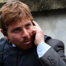 Claudio Gioè in una sequenza della serie tv Squadra Antimafia - Palermo oggi