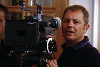 Il regista Pier Belloni sul set della serie Squadra Antimafia - Palermo oggi