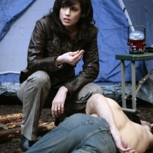Leah Cairns in una scena della serie Kyle XY, episodio: The Homecoming