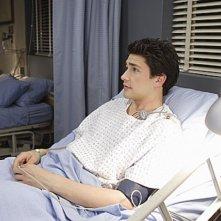 Matt Dallas nel ruolo di Kyle nell'episodio 'Udito straordinario' della serie tv Kyle XY