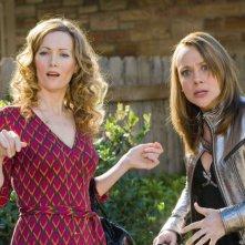 Leslie Mann e Nicole Sullivan in una scena del film 17 Again - Ritorno al Liceo