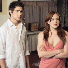 Matt Dallas insieme ad April Matson  in un momento dell'episodio 'Great Expectations' della serie tv Kyle XY