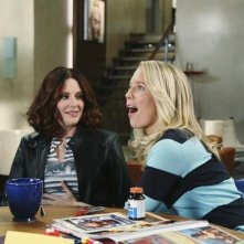 Megan Mullally nell'episodio It Takes a Village Idiot di In the Motherhood