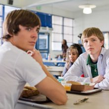 Zac Efron e Sterling Knight in una scena del film 17 Again - Ritorno al Liceo
